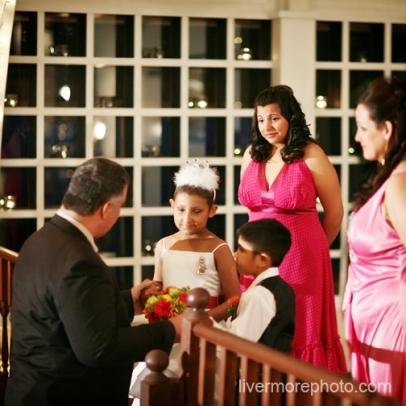 Acara Pernikahan Joyle dan Josh